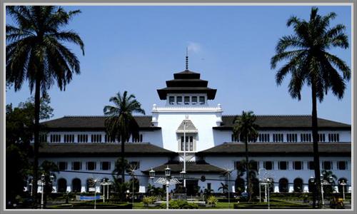 Indahnya Arsitektur Gedung Sate Di Kota Bandung Edupaint