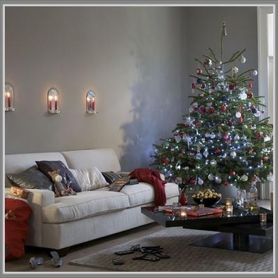 paduan warna abu-abu untuk dekorasi natal di ruang