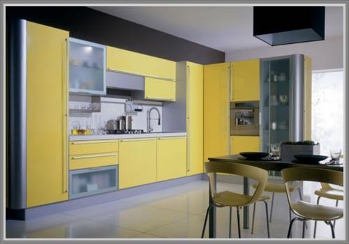 Dapur Minimalis Elegan Dengan Balutan Warna Kuning