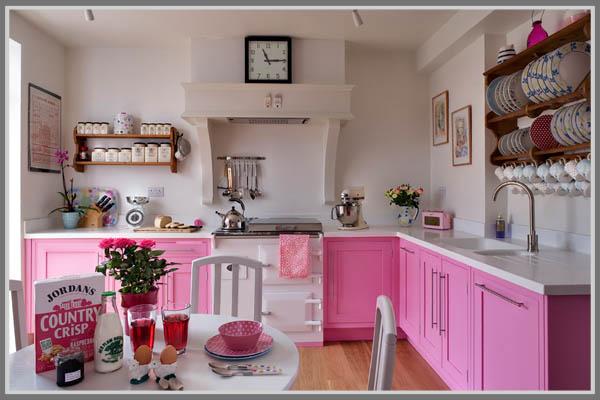 Merah Muda Untuk Kesan Dapur Yang Cantik