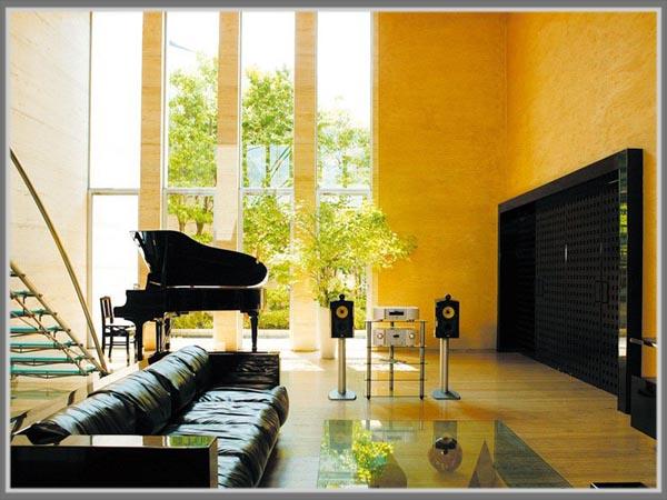 Karakter Warna Desain Arsitektur Post Modern