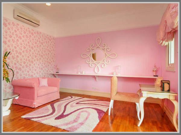 Merah Muda Terkesan Manis Untuk Interior