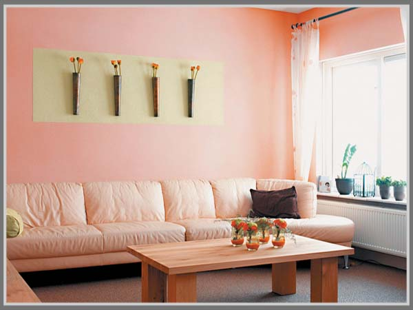 Pink Nyamankan Ruang Tamu